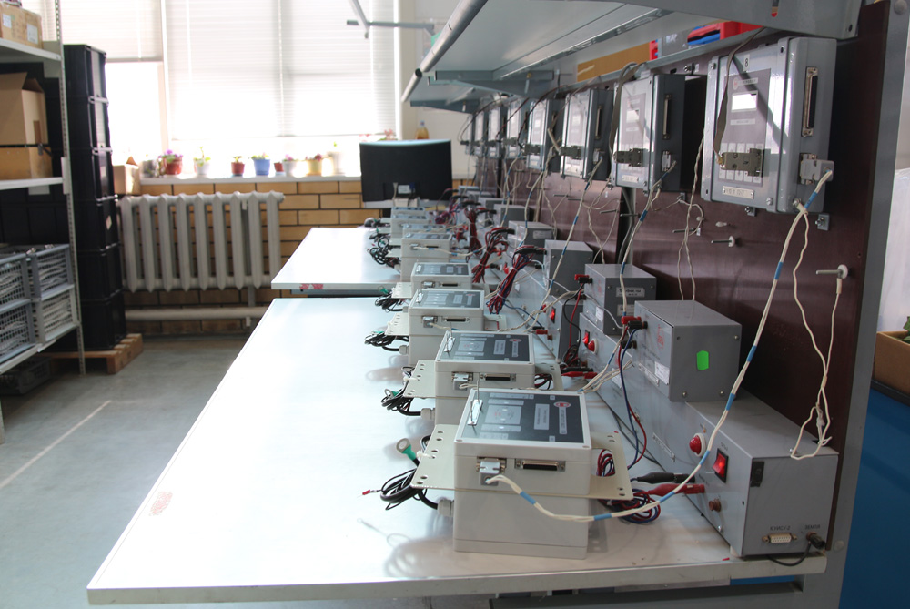 Testing of VSD controllers at Borets-NEO facility.