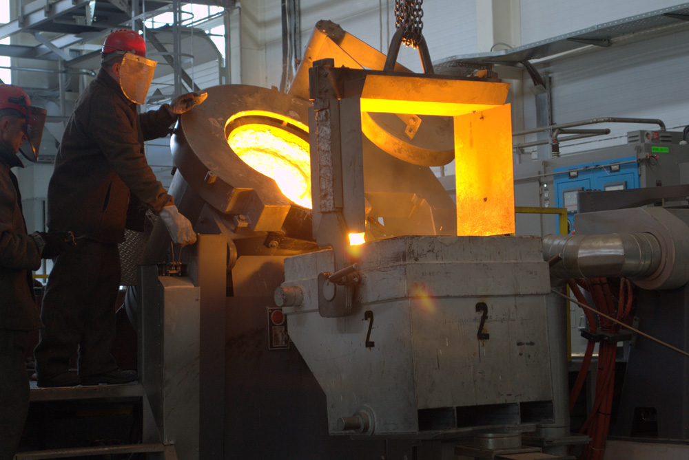 The foundry casting ESP stages in the LeMaz facility.